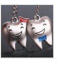2pair Free Shipping Individuality Teeth Smailed Happy Fashion Couple key chain Fashion Keyrings