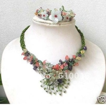 Free Shipping>>>>Y006--F Tibet hand-knitted jade flower necklace bracelet set