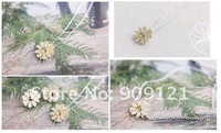 Wholesale Promotion 100 Pair Of Fresh Simple Daisy Flower Necklace Pendant  Highlight  The Beauty Of Your Face Outline