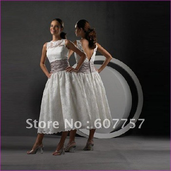 Wholesale Retail Hot Sale Double Straps White Lace Brown Stretch Satin Ruffled Beaded Wedding Dress Bridal Dress S49