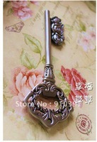 Free shipping magic key to Open the castle   / bottle opener (large size 18 cm Length )