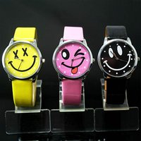 Wholesale 3PCS Mixed Colors Smile Face Girls Boys Students Man Woman Leather Quartz Wrist Watches(China (Mainland))