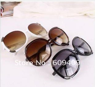 Free shipping,fashion Summer Sunglasses/Fashion Super Star Colorful sunglass BUY 5 FOR 1 FREE C082(China (Mainland))