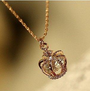 2014 Fashion Luxury  18K Gold Plated Zircon Crown Short Necklace Collarbone Chain