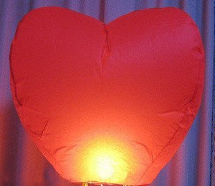20 pcs heart Sky Lanterns, Wishing Lamp SKY CHINESE LANTERNS BIRTHDAY WEDDING PARTY(China (Mainland))