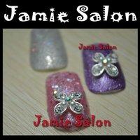 Lovely Shiny Alloy Metal Rhinestones Nail Art Decorations Flower Design #C48
