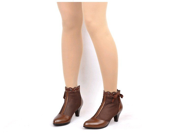 2012 new hollow network boots leather charm and nudes cool boots short boots / free shipping