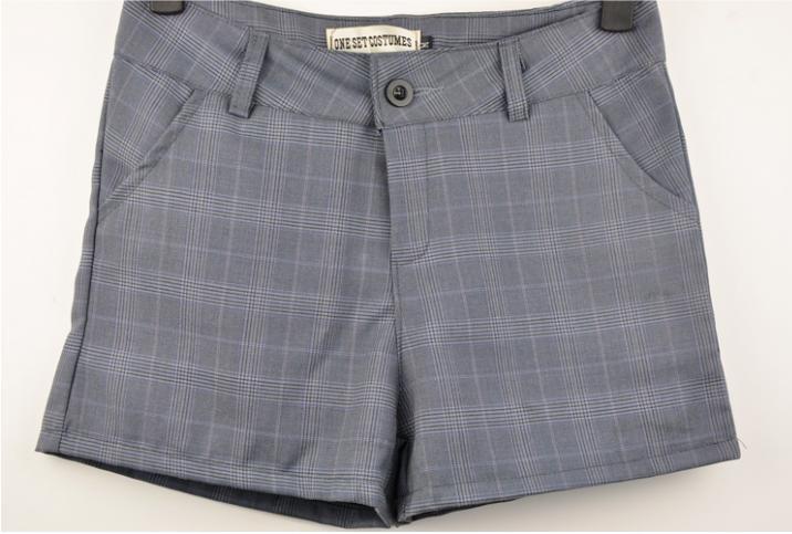 Короткие брюки доставка
