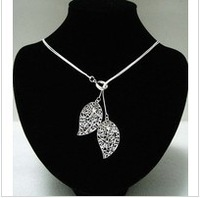 Free shipping cheap jewelry silver necklace fashion silver cross pendant  necklace  Good quality