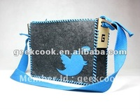 DIY Twitter little bird felt shoulder bag