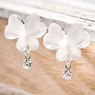 Free Shipping~Fashion earrings jewelry,The Butterfly Ear Hammer , Ear Nail / Earrings
