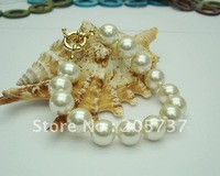 Wholesale  Nice12mm Light Champagne Sea Shell Pearl Bracelet