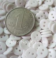 9 mm in diameter small button /051