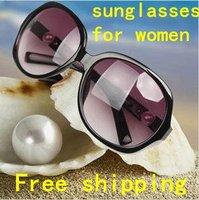 2012 New Fashion sunglasses/eyewear for men/women.4 colors.Summer cool Classic sunglasses/glasses.Wholesale.Free shipping!!GOOD!