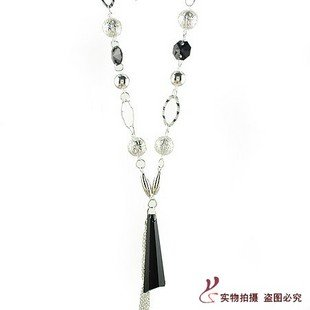 Hand-knitted ball Black Diamond Crystal Tassel Necklace Sweater chain Foreign Trade necklaces