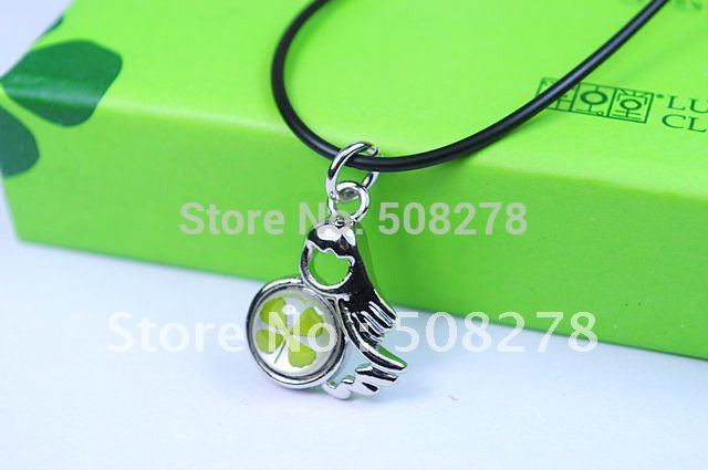 Virgo necklace pendant four leaf clover necklace lucky clover birthday gift free shipping(China (Mainland))