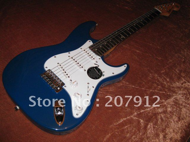 Strat Electric Guitar Blue(China (Mainland))