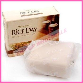 2012 New Moisturizing Whiten Rice Milk Bath Facial Soap 100g FREE SHIPPING