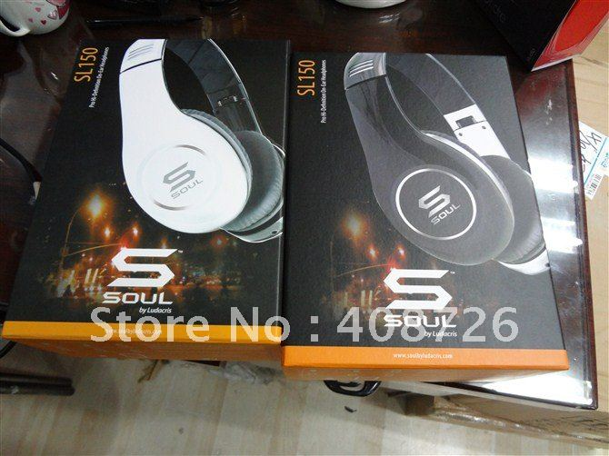 free shipping 2012 new headphone soul black/white on promotion 4pcs factory sealed wholesale fashion style(China (Mainland))