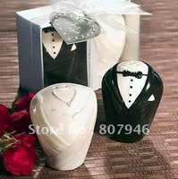 Wedding favor Bride and Groom Ceramic Salt and Pepper Shakers valentine