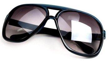 Minimu order=$10(Mix order) Wholesale European and American popular sunglasses.Sunglasses.MEN Sunglasses.TOP quality.