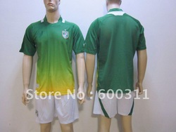 free shipping Wholesale cote d lvoire away green best quality soccer uniform soccer shirt+shorts soccer jerseys soccer kit(China (Mainland))