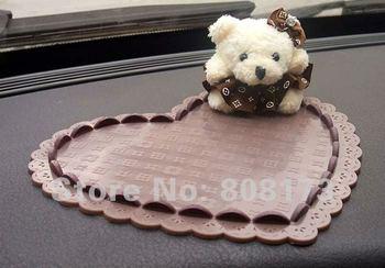 Hearted Car Dashboard Anti Slip Bear Doll Pad 6.7 * 5.9 Inch Nice Auto Desorative Useful No Slip Mat Wholesale 20Pcs/Lot
