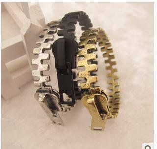 B015  xquisite zipper bangles black/silver/golden girls'  leisure bracelets for women TF wholesale charms vintage 20D