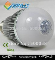 6w E27 E26 Sensor LED Bulb Intelligent Light-sensored  560-580lm 100/240V  PC cover wholesaler retail guaranteed 100%