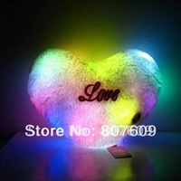 new design love hot sale 7 Colorful  LED light  pillow  Villus Battery  38*32 cm  good gift  20pcs/lot  flash toys plush toy