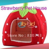 free shipping New Cute Lovely Soft Super Cool Sponge Strawberry Pet Cat Dog House Bed Size