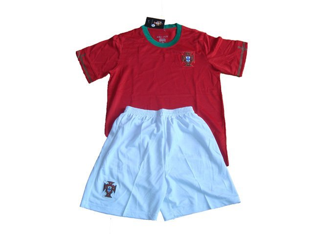 New Arrival 2012-2013 Portugal home children football jerseys & shorts,top quality kids/children/youth soccer uniforms kit(China (Mainland))