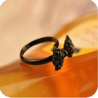 2012 New arrival Fashion Jewelry Vintage Rhinestones butterfly tie ring,cute finger rings for Girls/women,black color,15pcs/lot