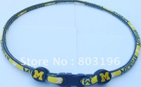 Free Shipping 100PCS US University NCAA Michigan Wolverines Necklaces 27 teams for Choice Custom Size