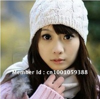 New Women's Hat Manual Woolen Yarn Knit Warm Spring Autumn Winter Hat Fashion Lovely Wholesale Hat
