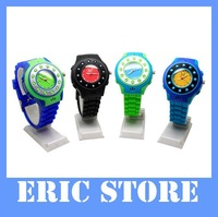 EMS freeshipping 1pcs/lot 2012 new C5 Quad Band Single Card Single Standby bluetooth SOS AGPS Children Watch Phone
