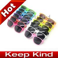 Женские солнцезащитные очки 2012 popular Swept the world Retro non-mainstream sunglasses lovely popular sunglasses, special sun glasses