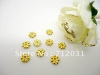 4.5mm Jewelry Findings Spacer Beads Gold Plated Plum Flower