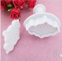 Free shiping,2pcs/set,Wholesale Cake Cookie Press Print Bamboo fence spring Moulds, Toast Bake Bakery Tools