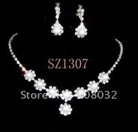 MIN.ORDER $15,shining jewelry set for bride,little rhinestone flower chains as decorations