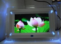 Big discount 7 inch digital photo frame with multi-functions with 4 led light