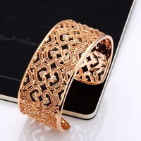 B162 Free shipping 1 piece gold crystal heart bangles jewellry