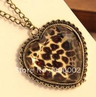 wholesale 12pcs/lot slide section gems cute bronze leopard print heart pendant necklace p034167-1