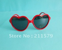 Free Shipping New Fashion Heart Shape Sunglasses Glasses retro cute funny love frame 4pcs/lot.