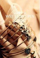 retro style Wish bone love skeleton bowknot fine bracelet