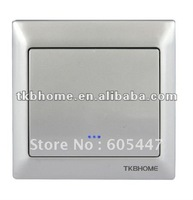 TKBHOME TZ66S (silver) Z-wave single switch