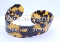 Promotion 12pcs/lot Unique France Cellulose Acetate Leopard Bangles for Women Green Jewelry