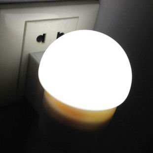Mushroom LED lamp creative baby bedroom induction berth lamp socket small night light lamps and lanterns Barrier free lighting