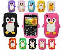 100pcs/lot &Free shipping 3D Penguin 8520 Case Soft Back Cover Case For Blackberry Curve 8520 BB 8520