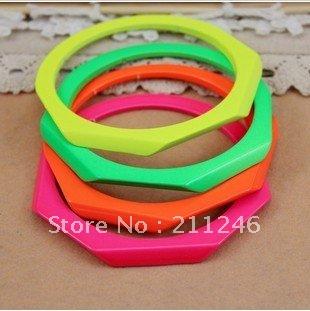 Factory Price 2012 New Arrival Fashion Bangle Jewelry Hot Wholesale The club Bracelet metal paint fluorescent colour Bracelet(China (Mainland))